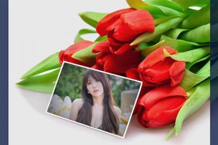 Ghép khung ảnh bên đóa hoa