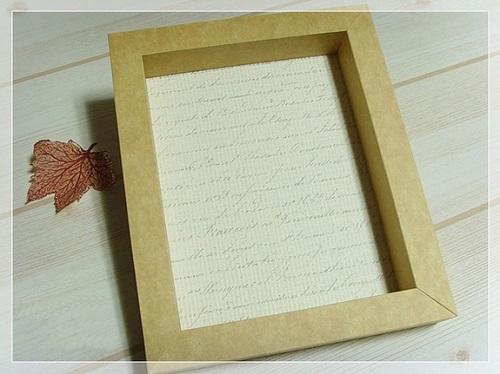 Cách làm khung ảnh treo tường bằng giấy