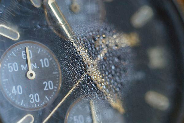 Cách sửa đồng hồ đeo tay tại nhà đơn giản