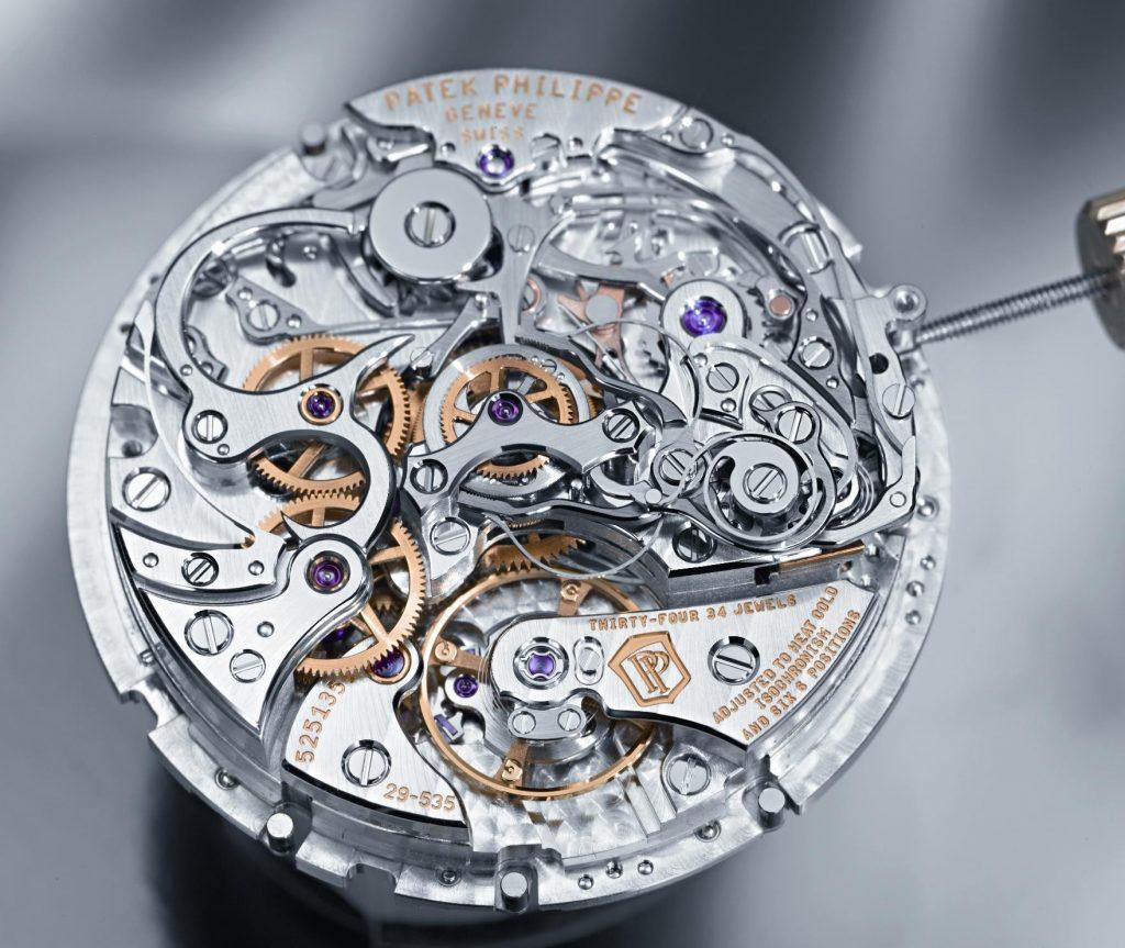 Cấu tạo đồng hồ cơ : Tính năng ưu điểm và nhược điểm
