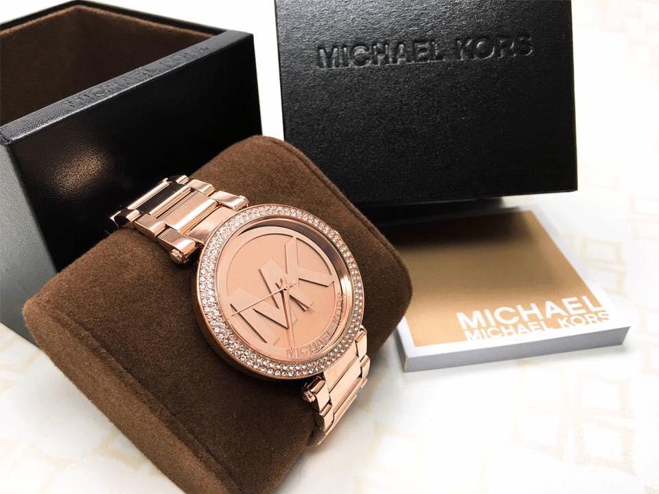 Mách cho bạn những mẫu đồng hồ michael kors đẹp nhất hiện nay